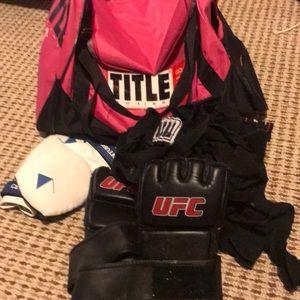 Title boxing gym bag